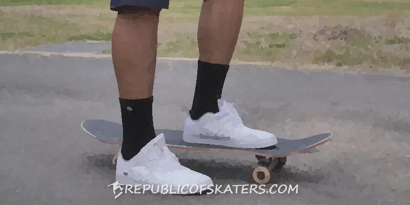First simple skateboard tricks to learn